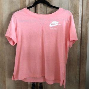 Never worn Nike Just do it shirt